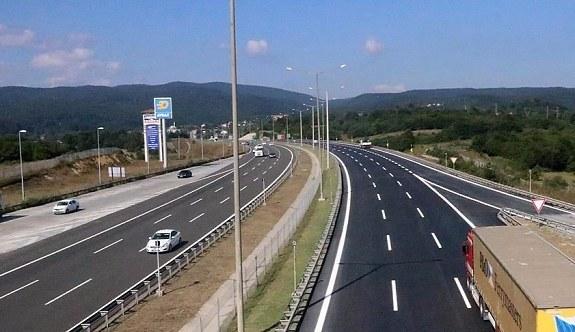 Abant-Kaynaşlı arası İstanbul istikameti ulaşıma açıldı