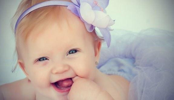 En Güzel Kız İsimleri ve Anlamları – isimportal.com