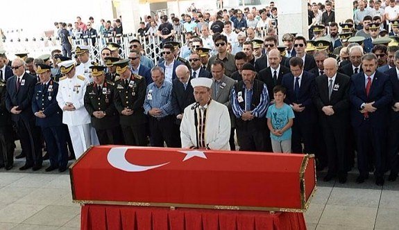 Şehit cenazesinde bir ilk gerçekleştirildi