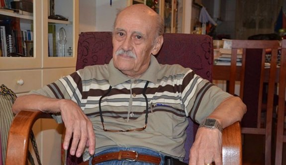 Agora Meyhanesi'nin söz yazarı Onur Şenli yaşamını yitirdi