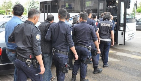 Kocaeli merkezli FETÖ operasyonunda 25 askere gözaltı