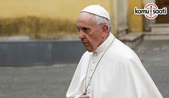 Vatikan'da muhaliflerden Papa'ya suçlama