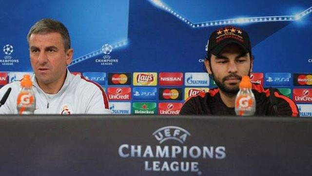 Benfica maçı öncesi Hamza Hamzaoğlu basın toplantısı düzenledi