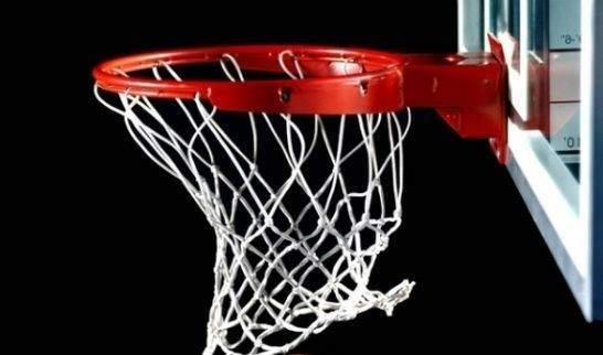 Bursa\'da, basket potasına kendini astı