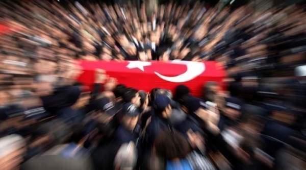 Diyarbakır Ergani'de polise saldırı: 1 şehit