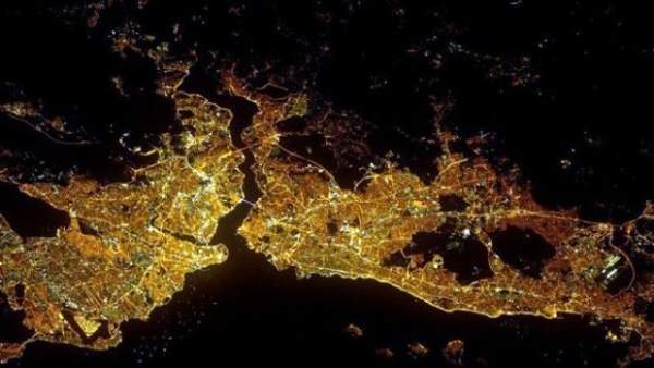 İstanbul'da elektrik kesintisi! Haftasonu kent kararacak!