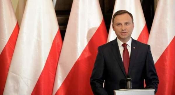 Polonya Devlet Başkanı'ndan savaşa hazırlıklı olun açıklaması