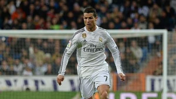 Ronaldo Tarihe Geçti