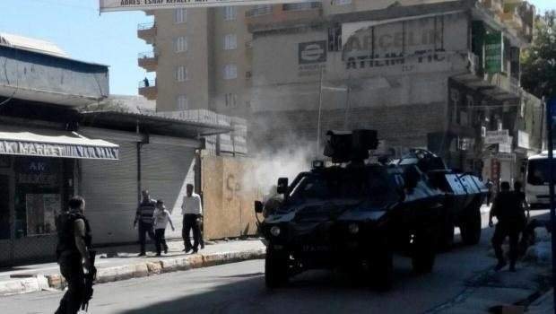 Silvan\'da sokağa çıkma yasağı! Çatışmalarda 1 kişi öldü