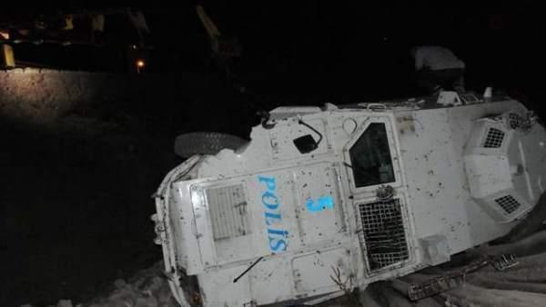 Şırnak Silopi'de zırhlı polis aracı devrildi: 8 yaralı