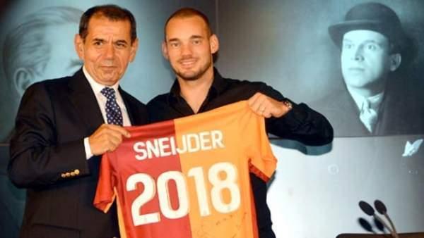 Sneijder 5 Milyona Serbest