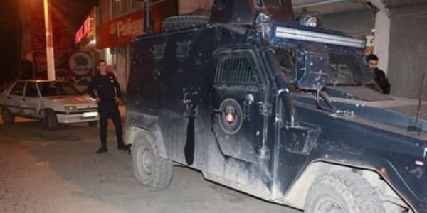 Bitlis'te Polis Lojmanlarına Terör Saldırısı