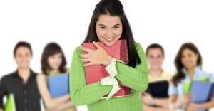 Üniversiteliler artık 400 TL burs alıyor