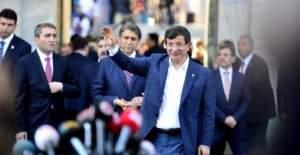 AK Parti'de büyük revizyon, Davutoğlu ile gidecek isimler
