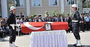 İstanbul Emniyeti'nde şehitler için tören düzenleniyor