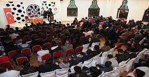 Keçiören Belediye Başkanı Mustafa Ak, gençlerle 15 Temmuz'u konuştu