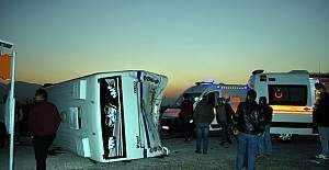 Manisa'da trafik kazası, 21 yaralı