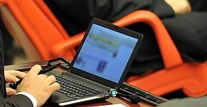 Milletvekillerine dizüstü bilgisayar dağıtıldı