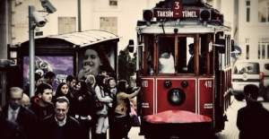 Taksim#39;de tramvay seferleri bugün...
