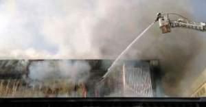 Bursa'da çıkan yangın kontrol altına alınamıyor