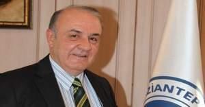 """Gaziantep Üniversitesi Rektörü: """"Okumanın yaşı yok!"""""""