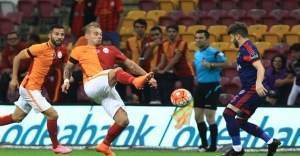 Galatasaray Mersin'de üç puan peşinde