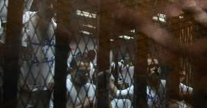 Mısır'da darbe karşıtı 34 kişi 3'er yıl hapis cezasına çarptırıldı