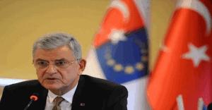 Bakan Bozkır: Vizeler Kalkmazsa anlaşma feshedilir!
