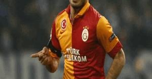 Galatasaray'da şok sakatlık ! Ayağı kırıldı