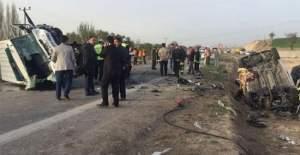 Cenaze aracı kaza yaptı: 4 ölü