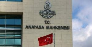 Anayasa Mahkemesi, üç partinin hukuki varlığına son verdi!