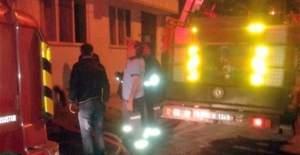 Balikesir'de ziynet eşyalarını kurtarmak isterken yanarak can verdi