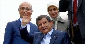 Başbakan Davutoğlu'nu Konya'da hemşehrileri karşıladı