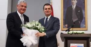 Volkan Bozkır, AB Bakanlığı'nı Ömer Çelik'e devretti