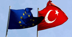 AB'den Türkiye'nin vize serbestisine ilişkin açıklaması!