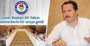 Ali Yalçın: Başörtüsü yasağını savunmak çağ dışılıktır