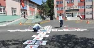 Ankara'da 500 okul bahçesine Geleneksel Çocuk Oyunları geliyor