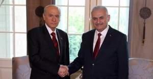 Başbakan'dan Devlet Bahçeli'ye FETÖ listesi