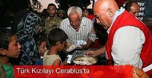 Türk Kızılay'ı Cerablus'ta sıcak yemek dağıttı
