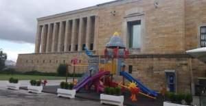 Anıtkabir'deki Çocuk Parkına Tepkiler Çığ Gibi Büyüyor