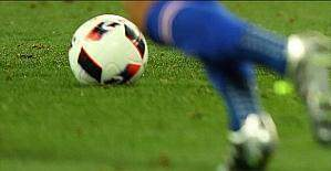 İslam'a odaklanmak için futbolu erken bırakıyor