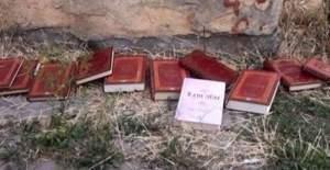 Risale-i Nur Kitapları Sokaklara Atıldı