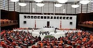 """15 Temmuz """"Demokrasi ve Milli Birlik Günü"""" resmi tatil!"""