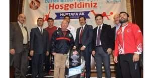 Keçiören Belediyesi'nden amatör spor kulüplerine malzeme yardımı