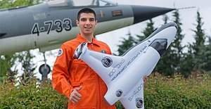 Türk öğrenci Halil Kayıkçı uzaya çıkıyor