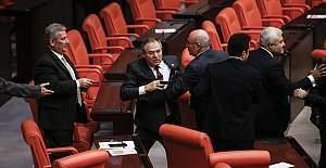 Meclis'te 'Kürtçe' kavgası
