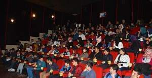 Sinemaya Gitmeyen Öğrenci Kalmasın