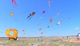 Mardin'de uluslararası uçurtma festivali düzenlendi