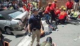 ABD'nin Virginia eyaletinde ırkçı grupların gösterisinde kavga