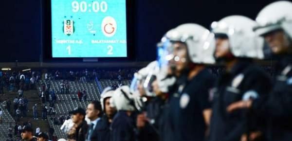 Türkiye-İzlanda maçında saldırıya karşı yoğun güvenlik önlemleri
